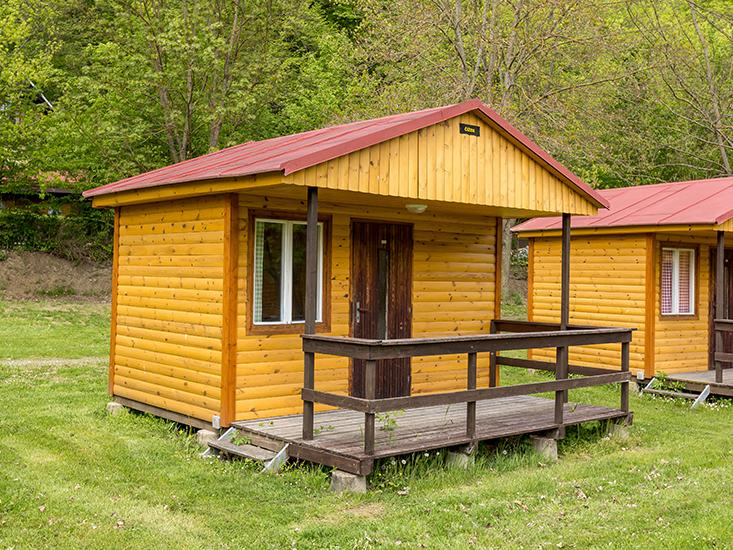 Ubytování vranovská přehrada - Camp Bítov - Chatky třílůžkové
